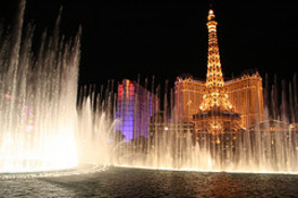 Las_vegas_paris_from_bellagio_2